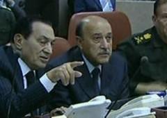 Via Mubarak, egiziani in festa