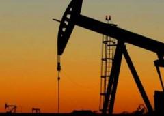 Petrolio: stretta degli Usa sul greggio iraniano, prezzi si infiammano
