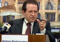 Bce: grave rischio per l'euro se crisi del debito contagia sistema bancario