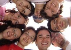I ragazzi italiani senza futuro e senza lavoro vorrebbero andare all'estero