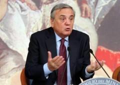 Manovra: giallo sulle pensioni, governo spaccato in due