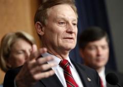 Usa: indagato di insider trading uno dei politici piu' prominenti