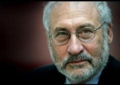 Stiglitz: i primi a lasciare l'euro ne usciranno meglio