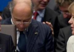 "Hollande in ""guerra"" contro Merkel: 5 punti per la crescita"