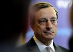 Draghi contestato a Roma: lancio di uova, picchetti anti-studenti