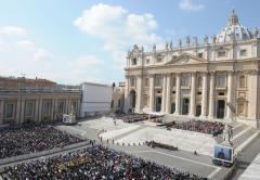 Vaticano: bilancio in deficit, un buco da quasi 15 milioni nel 2011