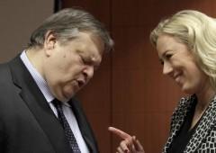 Finlandia: meglio fuori da euro. E intanto Italia minaccia boicottaggio