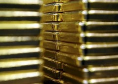 Tagliavano erba, trovano dell'oro