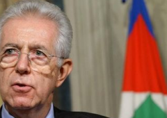Monti: Pil -2,4 %, nel 2013 promette ripresa e no ad aumento Iva