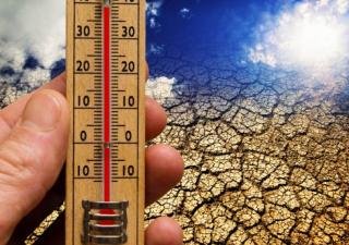 Cambiamenti clima, più del debito, fanno male all'economia