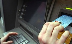 Bancomat manomessi con una forcella: la nuova truffa