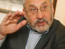 Stiglitz:  Germania esca dall'euro. Crisi finita? Non vi illudete