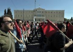 Grecia: test vitale in Parlamento, paese sull'orlo della rivolta