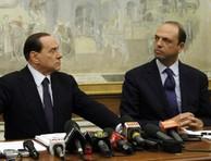 Scontro Berlusconi-Alfano. Sostegno Monti? Forse abbiamo sbagliato