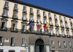 Moody's declassa Napoli: buco da 850 milioni