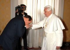 È arrivato il loro momento: anche Ratzinger e Berlusconi su Twitter