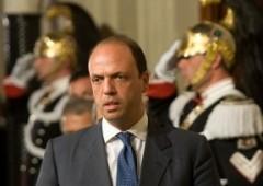 Monti traballa, per Alfano esperienza governo chiusa