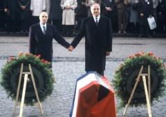 Mentre  torna il caos, Ue riceve il premio Nobel per la pace