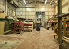 Dietro cover di legno iPhone due artigiani italiani di 20 anni