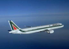 Alitalia-Air France: nuovo tentativo di riavvicinamento