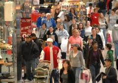 Economia, anche gli americani stringono la cinghia: shopping natalizio depresso