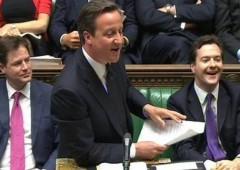 """""""Welfare: governo milionari ha reso più povero il povero. E rideva mentre lo faceva"""""""