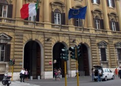 Prima asta Italia 2013: tassi a minimo 2010