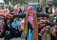 Pakistan: timori di un colpo di stato dopo arresto premier
