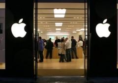 Apple in picchiata dopo i conti. Obiettivo al ribasso $300