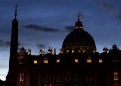 """""""Le dimissioni del Papa potrebbero frenare l'ascesa di Berlusconi"""""""