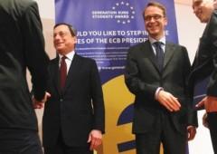 Weidmann zittisce Draghi, tenta rilanciare corsa dell'euro