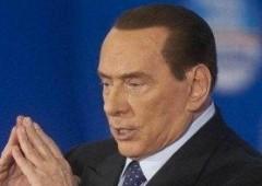 """Berlusconi invia lettera su rimborso Imu. Bersani: """"imbroglione"""""""