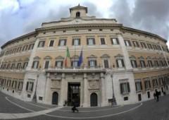 Metà italiani per un governo Pd sostenuto dal M5S