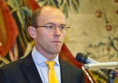 Il piano diabolico europeo: tassare i risparmi per alimentare i consumi