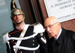Napolitano ha paura e chiama Draghi