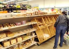 Italia: banche in sofferenza, crolla potere acquisto famiglie