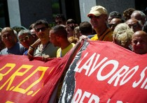 Lavoro: italiani sfiduciati, inattivi quasi 3 milioni