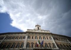 Moody's: Italia potrebbe chiedere aiuti a Bce