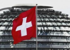 Capitali italiani: verso la Svizzera 200 miliardi