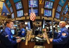 Investitori scettici su rialzi, ma per 2 su 5 crisi euro è finita