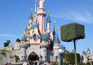 Disney World: ricchi saltano code