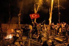 Caos Turchia. Crollo lira e fuga capitali?