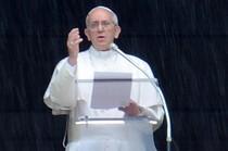 """Il Papa: """"è vero, in Vaticano c'è una lobby gay"""""""