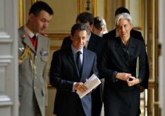 """Lagarde a Sarkozy: """"Sono qui per servirti come vuoi"""""""