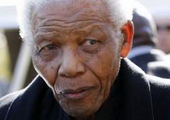 """Mandela: """"condizioni critiche"""". Rischio caos in Sudafrica"""