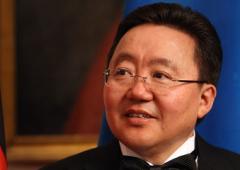 Mongolia: rieletto presidente, premiato per boom economia