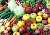Spesa famiglie: calo peggiore da '97, 62% taglia sul cibo