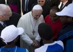 """Papa anti sistema: """"No a globalizzazione indifferenza"""""""