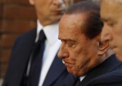 Dilemma Berlusconi: andare alle urne o resistere