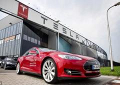 Tesla: per analisti ancora spazio di crescita, grazie a stoccaggio energia